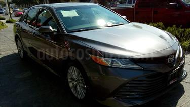 Foto Toyota Camry XLE 2.5L