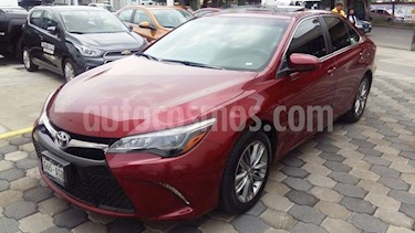 Foto venta Auto Usado Toyota Camry XLE 3.0L V6 (2016) color Rojo precio $289,000