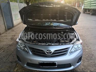 Toyota Corolla 1.6 GLi Aut usado (2013) color Plata precio $6.800.000