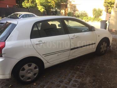 Toyota Corolla 1.6 XLi LS usado (2005) color Blanco precio $2.500.000