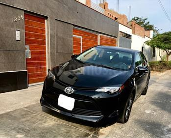 Toyota Corolla  1.8 Semifull Aut usado (2017) color Negro precio u$s16,900