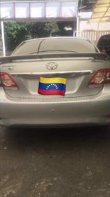 Foto venta carro Usado Toyota Corolla GLi 1.8L Aut (2011) color Plata precio u$s17.000
