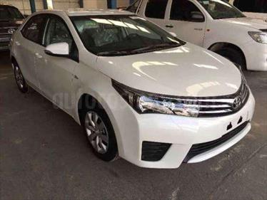 Toyota Corolla GLi  usado (2017) color Plata precio BoF218.321.000