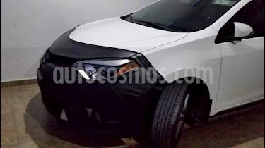 Foto venta Auto Seminuevo Toyota Corolla S Aut (2015) color Blanco precio $225,000