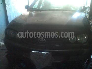 Foto venta carro usado Toyota Corolla Xli Auto. 1.6 (2001) color Gris precio u$s1.600