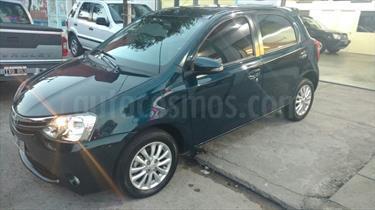 Foto venta Auto Usado Toyota Etios Hatchback XLS (2015) color Verde Esmeralda precio $230.000