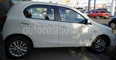 Foto venta Auto Usado Toyota Etios Hatchback XLS (2014) color Blanco precio $270.000