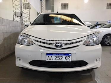 Foto venta Auto Usado Toyota Etios Sedan X  (2016) color Blanco Perla precio $300.000