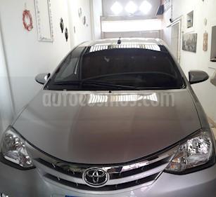 foto Toyota Etios Sedán XLS Aut 2016/17 usado (2016) color Plata precio $345.000