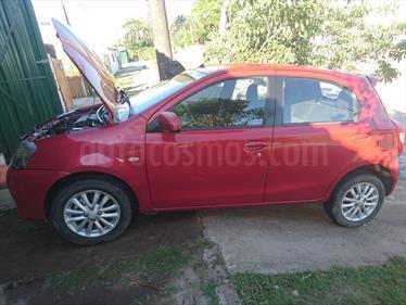 foto Toyota Etios Sedan XLS