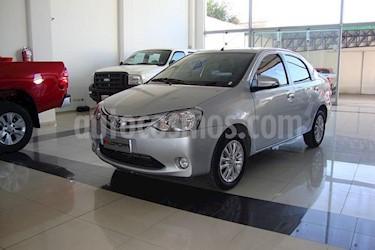Foto venta Auto Usado Toyota Etios Sedan XLS (2016) color Gris Claro precio $300.000