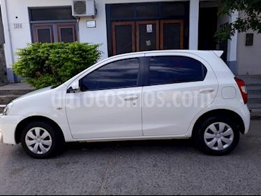 Foto venta Auto Usado Toyota Etios Sedan XS (2013) color Blanco precio $190.000