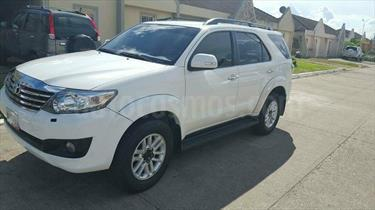 Foto venta carro Usado Toyota Fortuner 4.0L Aut 4x2 (2015) color Blanco precio u$s44.500