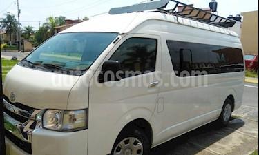 Foto venta Auto Seminuevo Toyota Hiace 2.7L Bus 15 Pas (2017) color Blanco precio $330,000