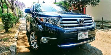 Foto venta Auto Seminuevo Toyota Highlander Base  (2012) color Gris Metalico precio $220,000