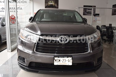 Foto venta Auto Seminuevo Toyota Highlander LE (2014) color Gris Metalico precio $330,001