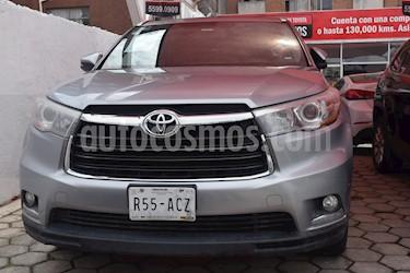 Foto venta Auto Seminuevo Toyota Highlander Limited Panoramic Roof (2015) color Gris Metalico precio $405,000