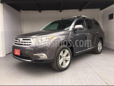 Foto venta Auto Seminuevo Toyota Highlander Limited Panoramic Roof (2013) color Gris Metalico precio $292,000