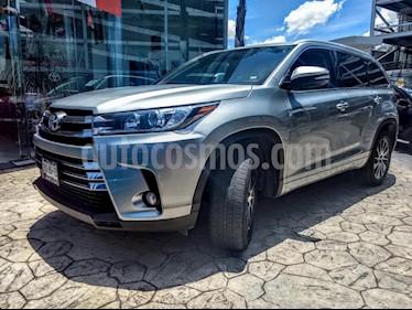 Foto venta Auto Seminuevo Toyota Highlander Limited (2017) color Plata precio $635,000