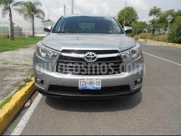 Foto venta Auto Seminuevo Toyota Highlander Limited (2015) color Gris precio $399,000