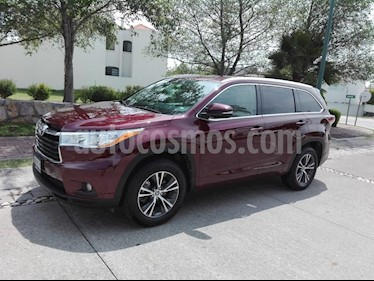 Foto venta Auto Seminuevo Toyota Highlander XLE (2016) color Rojo precio $454,720