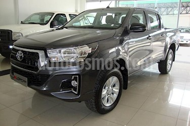 Foto Toyota Hilux 2.4 4x4 DX TDi SC usado (2018) color Gris Oscuro precio $450.000
