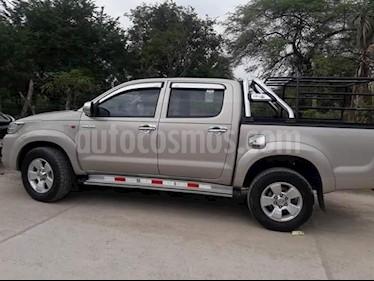 Toyota Hilux 2.4L Tdi 4x2 CD SR usado (2014) color Bronce