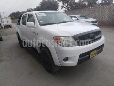 Toyota Hilux 2.4L Tdi 4x2 CD usado (2008) color Blanco precio u$s13,500