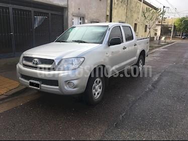 Foto venta Auto usado Toyota Hilux 2.5 4x2 DX Pack DC (2010) color Plata precio $380.000