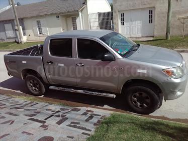 Foto venta Auto usado Toyota Hilux 2.5 4x4 DX DC (2006) color Gris precio $320.000