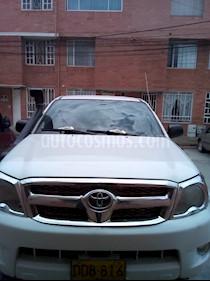 Foto venta Carro Usado Toyota Hilux 2.5L 4x4 DC Diesel Seguridad (2008) color Blanco precio $56.000.000
