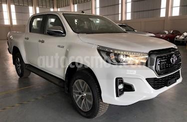 Foto venta carro usado Toyota Hilux 2.7L 4x4 D/C (2015) color Blanco precio BoF168.000