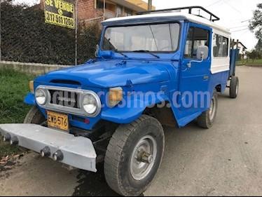 Foto venta Carro Usado Toyota Hilux 2.7L 4x4  (1977) color Azul precio $27.000.000