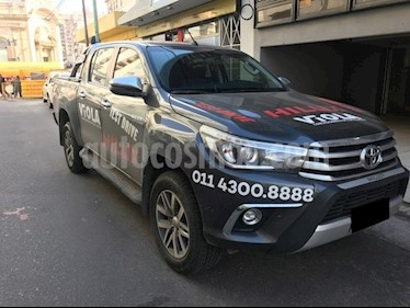 Foto venta Auto Usado Toyota Hilux 2.8 4x2 SRX TDi DC Aut (2018) color Gris Oscuro precio $935.000