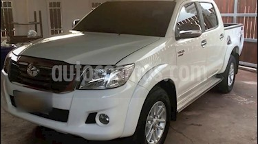 Toyota Hilux 2.8L Tdi 4x4 CD   usado (2011) color Blanco precio u$s8,000