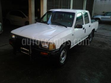 foto Toyota Hilux 3.0 4x2 DLX DC