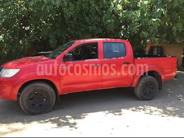 Toyota Hilux 3.0 4X4 Cabina Doble SRV usado (2015) color Rojo precio $11.500.000