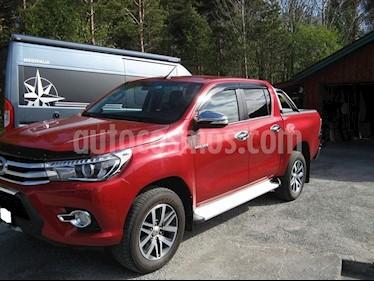 Toyota Hilux 4x2 C-S Diesel usado (2015) color Rojo precio $15,500