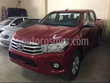 foto Toyota Hilux 4x2 D/C SRV 2.4TDi 6M/T