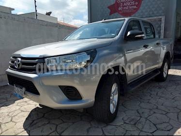 Foto venta Auto Seminuevo Toyota Hilux Cabina Doble (2016) color Plata precio $305,000
