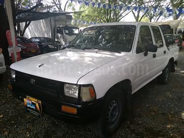 Foto venta Carro Usado Toyota Hilux DobCab4x2LujPart (1993) color Blanco precio $17.000.000