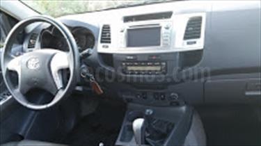 Toyota Hilux Doble Cabina 4.0L 4x4 Aut usado (2014) color Gris Luna precio u$s9.000