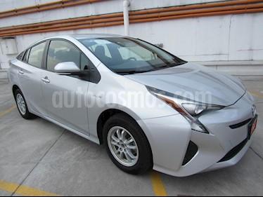 Foto venta Auto Seminuevo Toyota Prius Premium (2017) color Plata Metalico precio $390,000