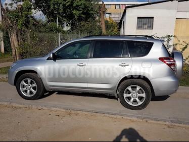 Toyota Rav4 2.4 Lujo 4X4 Aut  usado (2011) color Plata precio $6.900.000