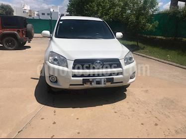 Foto venta Auto Usado Toyota RAV4 2.4L 4x2 Aut Full (2011) color Blanco precio $450.000