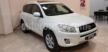 Foto venta Auto Usado Toyota RAV4 2.4L 4x4 Aut (2012) color Blanco precio $485.000