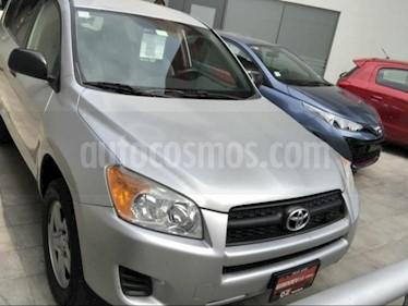 Foto venta Auto Seminuevo Toyota RAV4 2.4L Base (2012) color Gris Plata  precio $199,000