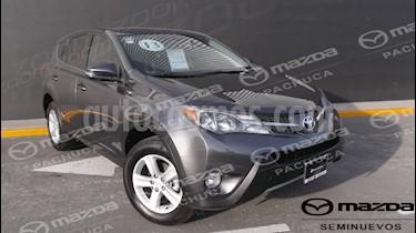 Foto venta Auto Seminuevo Toyota RAV4 2.4L Limited (2013) color Gris Plata