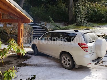 Foto venta Auto Usado Toyota RAV4 2.5L Aut Full 4x4  (2011) color Blanco Perla precio $460.000