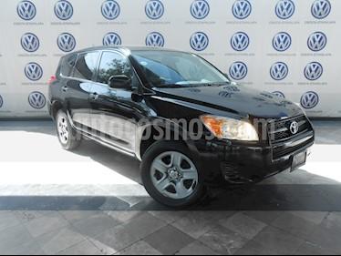 Foto venta Auto Seminuevo Toyota RAV4 2.5L Base 3a. fila de asientos (2009) color Negro precio $145,000